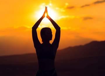 Bumerang Bibi, Yaşadığımız Her Şey Kaynağından İleri Geliyor, Yani Bizden. Kendimizden başlıyoruz, yine kendinizde bitiyor. Tüm karşılaştığımız duyguların sebebi kendimizden ileri geliyor.