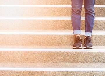 Hareket etmeye karar verdiğiniz an atacağınız adımlar belli; 'Girişim adımı, gelişim adımı ve değişim adımı' . Bu adımlar sizi başarıya götürecek ve başarınızı kalıcı kılacak olan adımlardır.