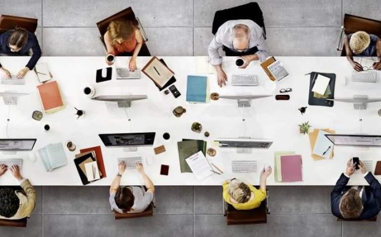 İş yerinde Nesiller Arası İletişim Nasıl Geliştirilir