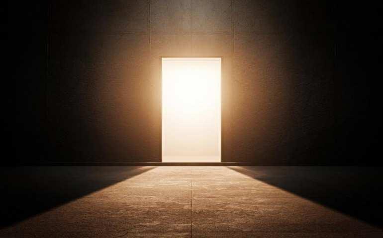 Kaçarak değil, eksik değil, yarım değil; tam olarak, orada ve ortada olarak başarabilirsiniz. Başarınız tam olacaksa, yola yarım çıkmayın!...
