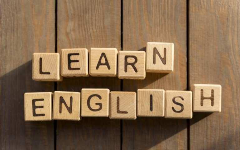 ingilizce dersinin ingilizce olarak yazımı