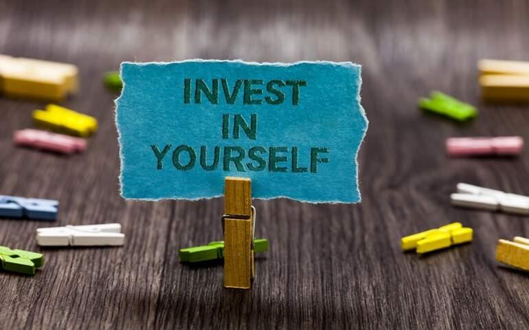 Kendine yatırım yapmak ile ilgili bir görsel yükledim.
